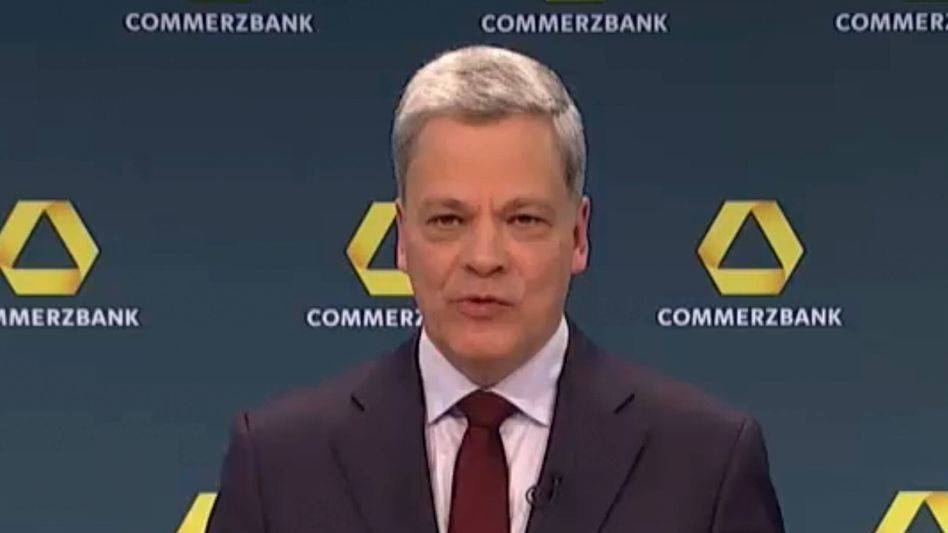 Manfred Knof: Der Commerzbank-Chef wird künftig mit zwei neuen Vorstandsmitstreiter an seiner Seite die Geschicke der Bank führen