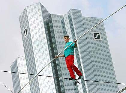 Schmaler Grat: Deutschlands Anleger packt Unsicherheit angesichts hoher Aktienkurse