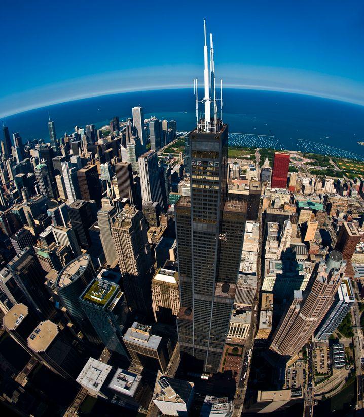 Der Willis Tower - ehemals Sears Tower - ist der zweithöchste Wolkenkratzer in den USA.