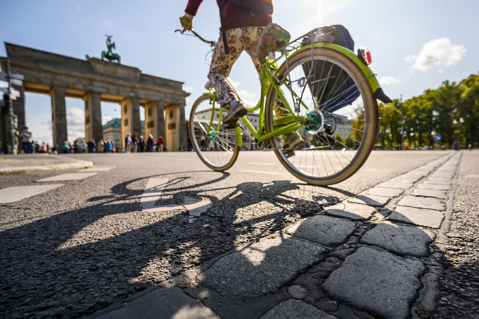 Fahrrad/ Berlin/ Brandenburger Tor