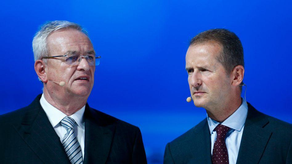 Früher geeint, heute getrennt: die Volkswagen-Manager Winterkorn (l.) und Diess