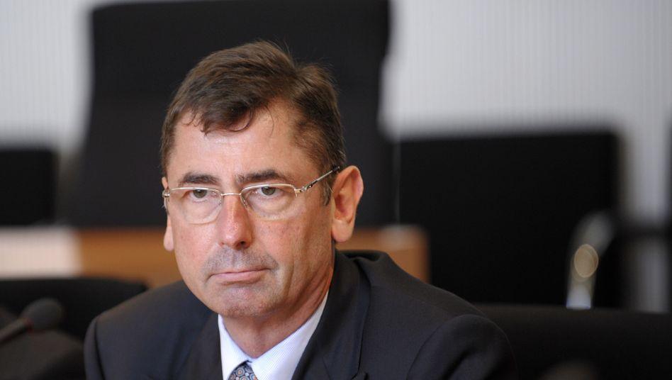 Hat noch eine Rechnung offen: Georg Funke fordert Gehaltsnachzahlungen von der HRE
