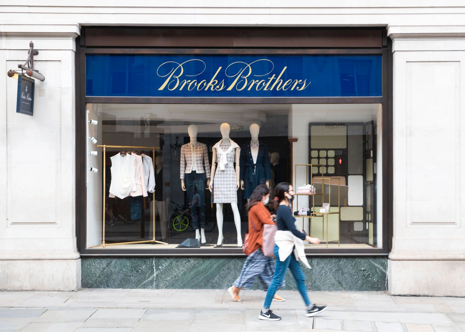 Coronavirus High St Economy View of Brooks Brothers clothing store which is struggling financially due to the Coronavir