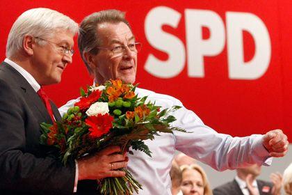 Neues Spitzenduo: Kanzlerkandidat Steinmeier (l.) und SPD-Chef Müntefering