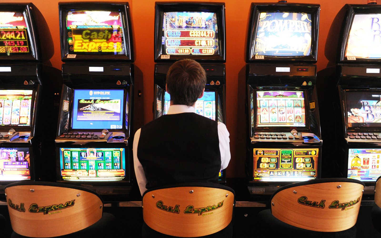 Glücksspiel/ Automaten