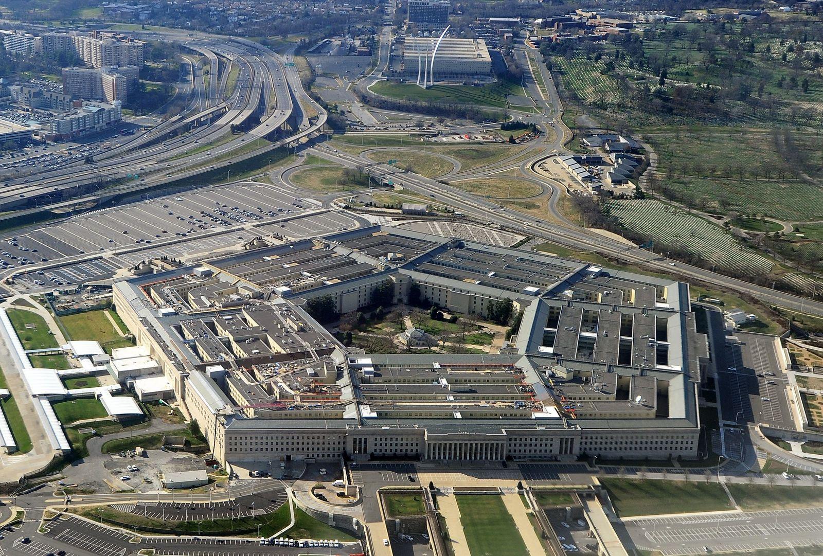 Pentagon scraps $10 bn cloud contract amid Amazon-Microsoft dispute