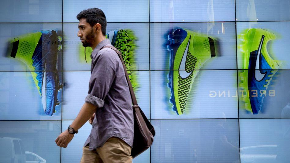 Das digitale Geschäft mit Online-Verkäufen konnte die Einbußen im lahmgelegten Einzelhandel während des Corona-Lockdown nicht kompensieren.