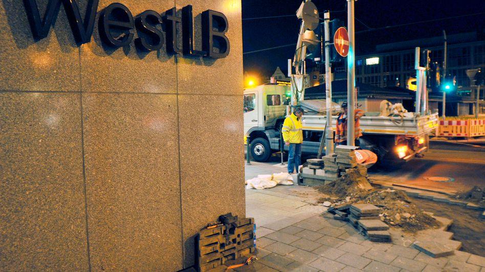 Baustelle WestLB: Gleich die Bank aufspalten oder erst verkaufen?