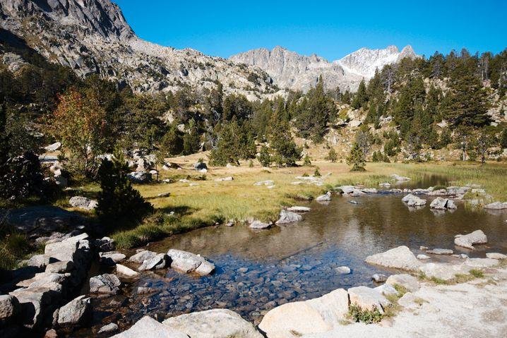 Nationalpark: Die Pyrenäen bieten alpine Landschaft im Feinsten. Der Nacional d'Aigüestortes i Estany de Sant Maurici liegt dicht hinter der Grenze zu Frankreich.