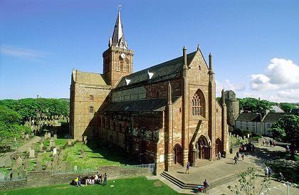 Magnus-Kathedrale in Kirkwall: Orkney war von etwa 800 bis 1472 ein wichtiger Stützpunkt der Wikinger