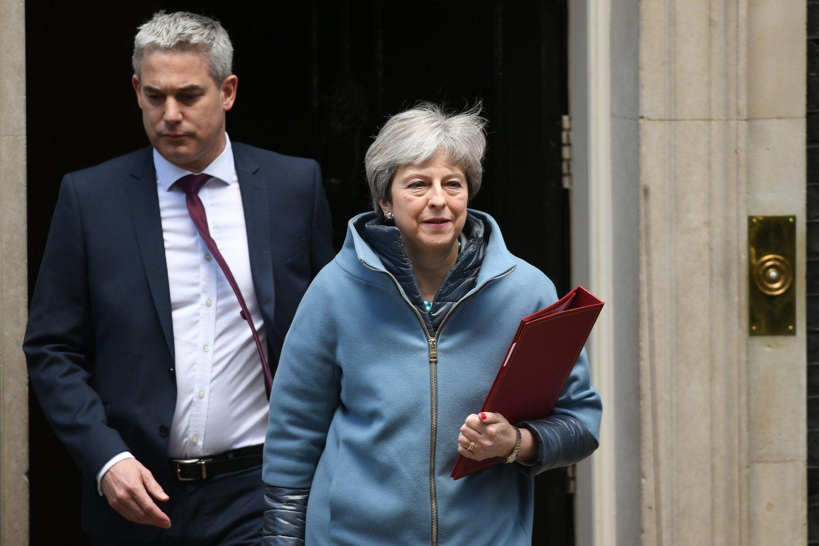 Brexit/ May/ Barclay