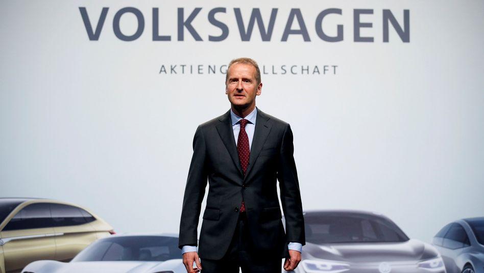 """VW-Chef Herbert Diess: """"Das Auto wird zu großen Teilen ein Software-Produkt sein"""""""