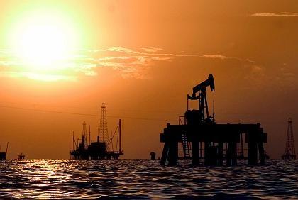 Dollar-Dämmerung: Auch Venezuela würde sein Öl lieber in Euro verkaufen