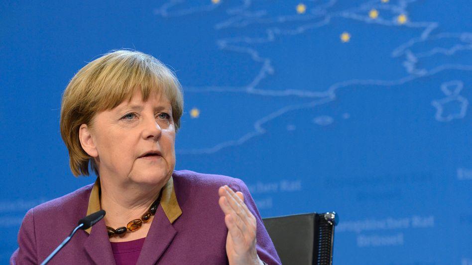 Angela Merkel: Auf dem Höhepunkt der Lehman-Krise im Oktober 2008 hatten die Kanzlerin und ihr damaliger Finanzminister Peer Steinbrück eine Garantie für Spareinlagen in Deutschland abgegeben
