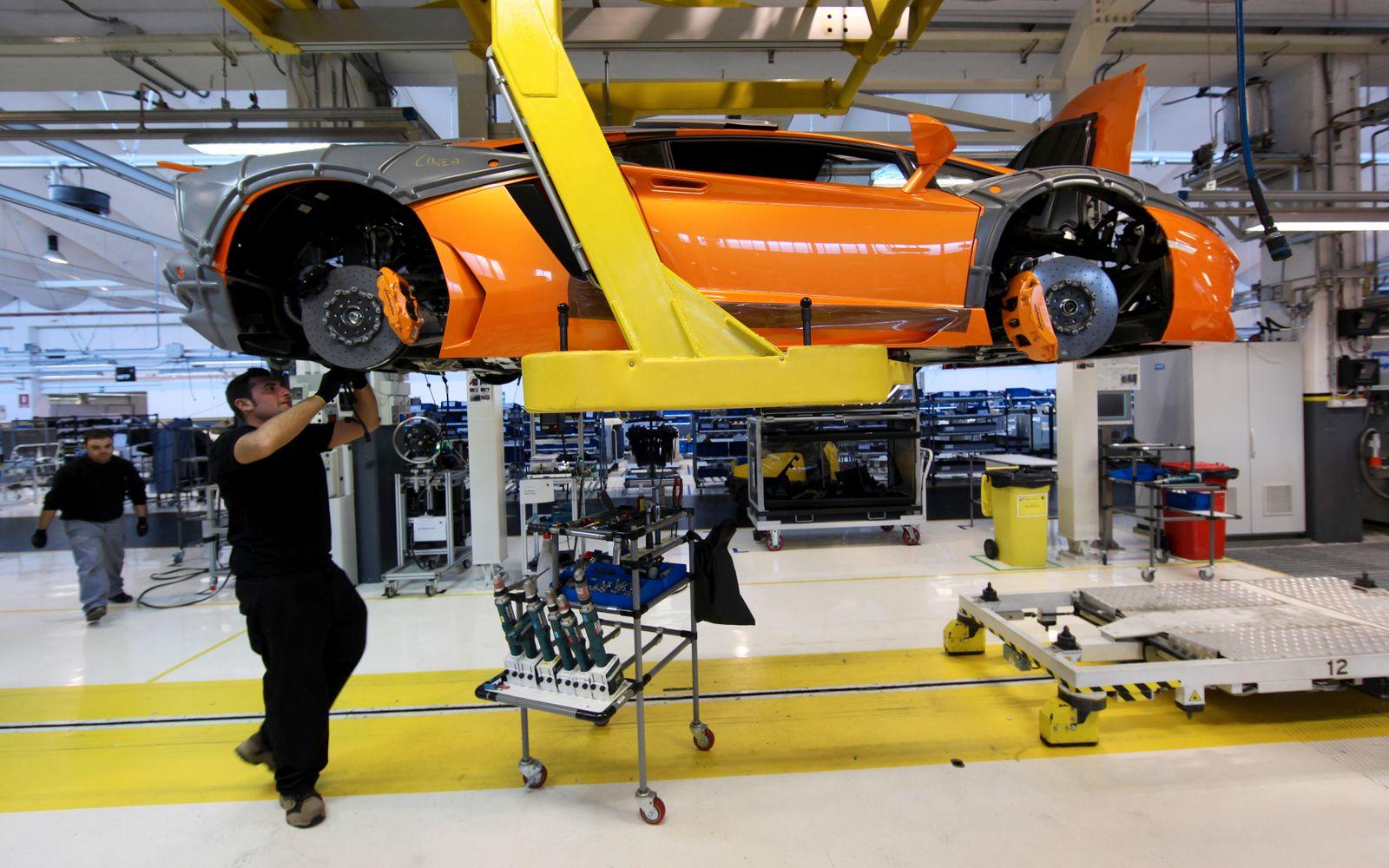 Lamborghini Produktion Santagata Bolognese