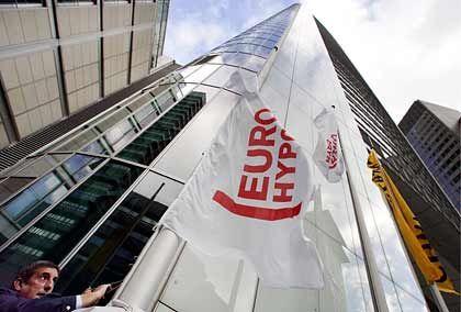 Aufstieg zur deutschen Nummer zwei: Die Commerzbank schluckte 2005 die Eurohypo