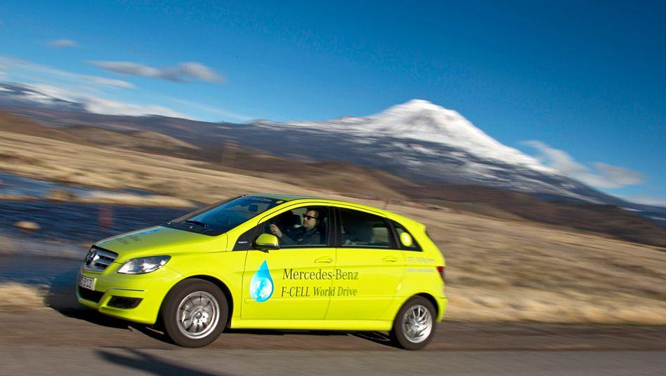 Milliardeninvestition: Mercedes-Brennstoffzellenauto auf Weltreise 2011