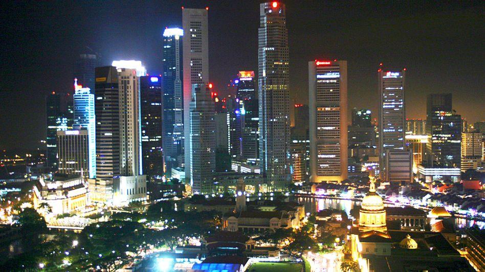 Singapur: Die Regierung des vom Welthandel abhängigen Stadtstaats erwartet zwar 13 Prozent Wachstum für das Gesamtjahr 2010 - aber eine neue Rezession im zweiten Halbjahr