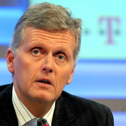 Gewinnziele um rund eine Milliarde Euro gestutzt: Kai-Uwe Ricke, Chef der Deutschen Telekom.