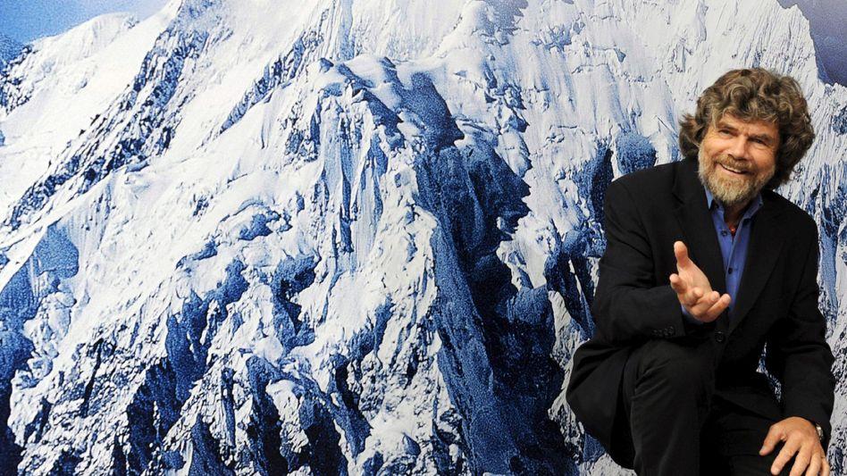 """Trug schon vor 30 Jahren Adidas: Reinhold Messner bei der Filmpremiere """"Nanga Parbat"""""""