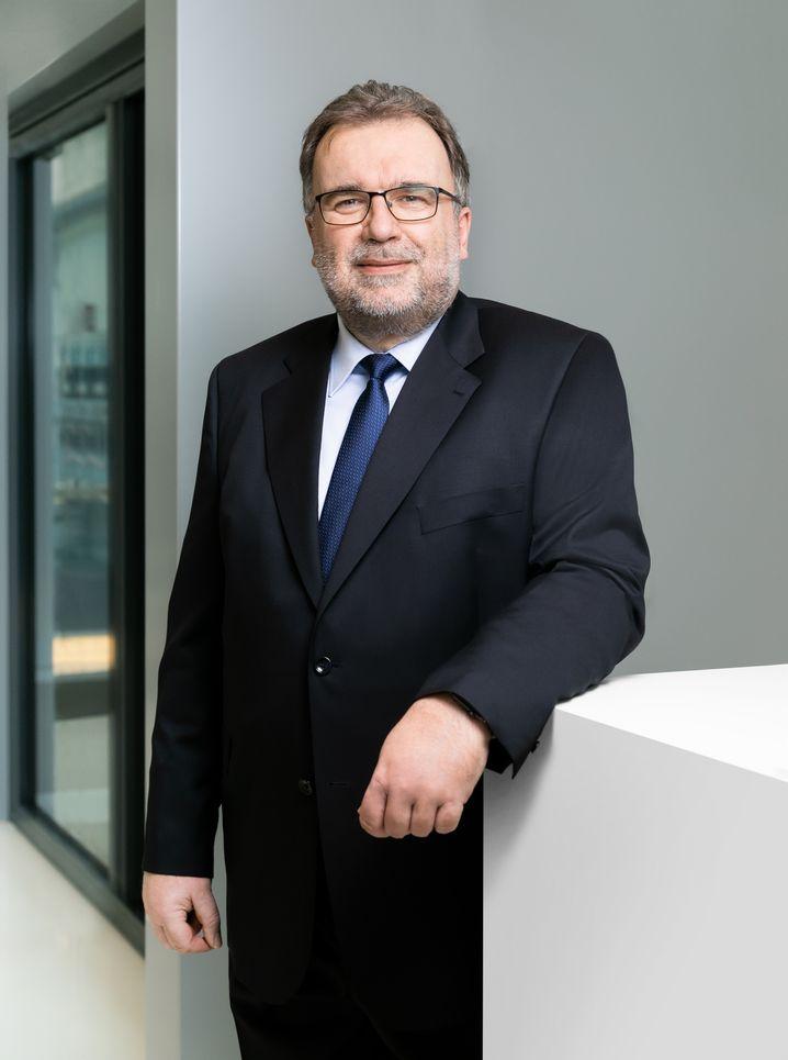 Stand der Technik: Siegfried Russwurmkennt die Nöte der Unternehmen und weiß, wie Vorstände ticken und leben