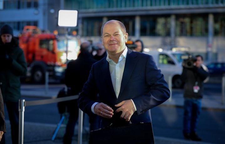 Hamburgs Erster Bürgermeister Olaf Scholz (SPD) soll mit dem Finanzministerium das einflussreichste Ministerium in einer möglichen Großen Koalition von SPD und Union besetzen, heißt es