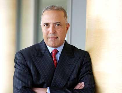 Arun Sarin Chief Executive Vodafone Gesamtbezüge 2003: 11,75 Mio. Euro (Platz 4 im Stoxx) Wertschaffung: 16,2 Prozent* * Durchschnitt im Stoxx: 13,8 Prozent