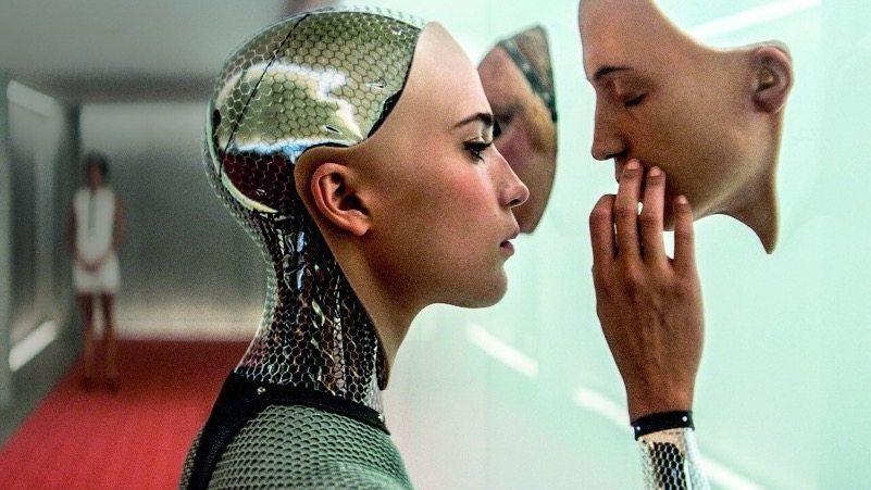 """SCHÖNE FEINDIN Im Film """"Ex Machina"""" verliert der Mensch seinen Kampf gegen die hübsche Androidin. Nicht unrealistisch, findet Max Tegmark."""