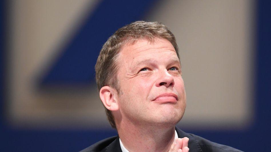 """""""Die Transformation ist in vollem Gang """": 2022 ist noch weit weg, erst dann wohl wird Deutsche-Bank-Chef Christian Sewing die Früchte einer harten Sanierung voll ernten können."""