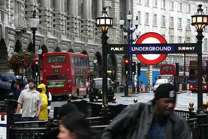Getümmel in London: Landesweit jeder fünfte arbeitet für einen Finanzinvestor