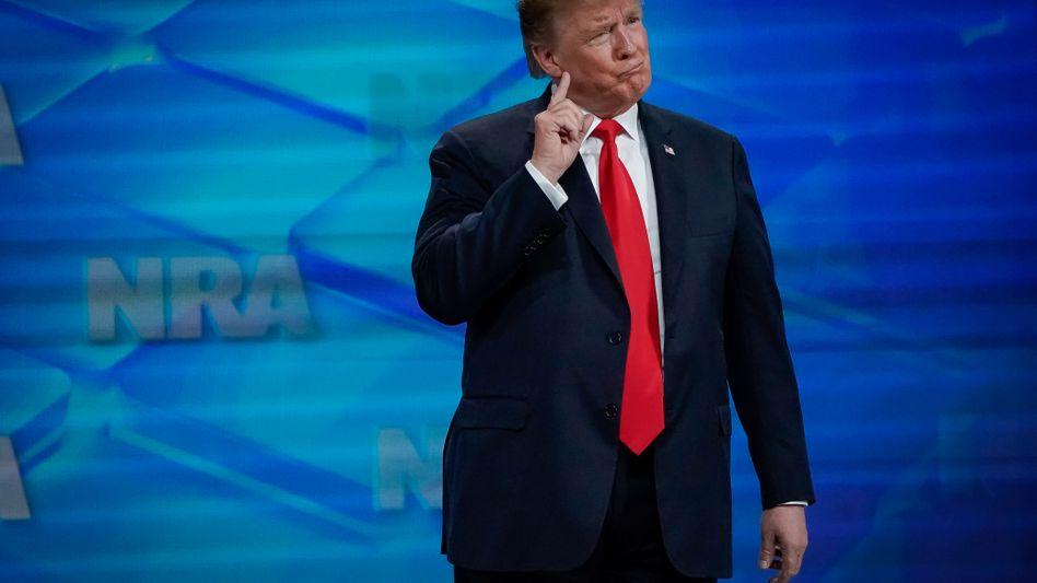 US-Präsident Trump bei der Waffenlobbyvereinigung National Rifle Association (NRA) in Indianapolis