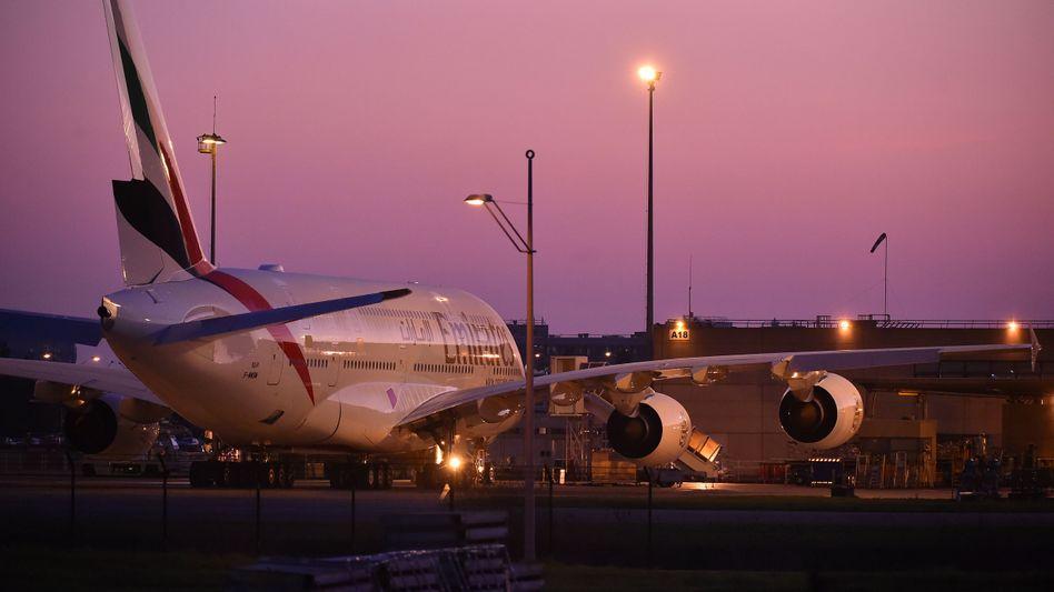 Am Boden: Die Fluggesellschaft Emirates musste bisher mit 3,1 Milliarden Dollar vom Staat unterstützt werden