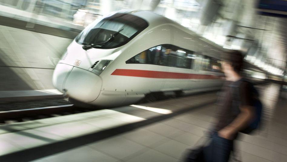 """Bahn-Chef Grube will möglichst bald stufenfreie Zugänge """"auf allen Bahnhöfen mit mehr als 1.000 Reisenden pro Tag"""""""