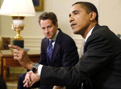 """US-Finanzminister Geithner (l.), Präsident Obama: """"Öffentliche Hilfe ist ein Privileg, kein Recht"""""""