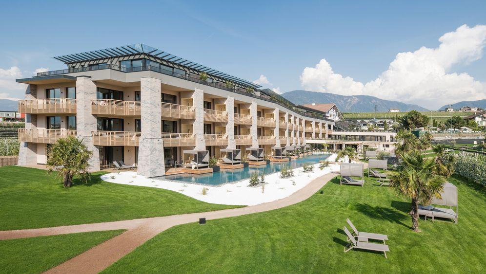Hotel Weinegg: Hier wohnen Jogis Jungs in Südtirol
