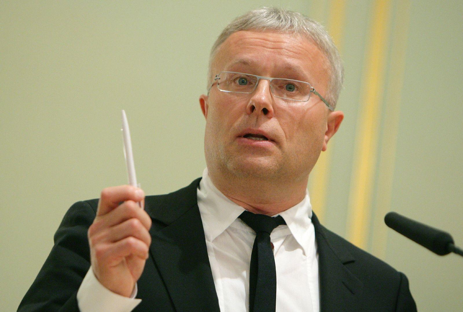 Alexander Lebedew