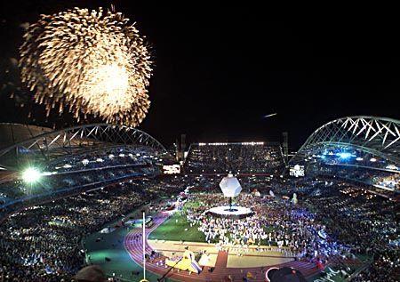 Mit einem großen Feuerwerk über dem Stadium ging die Abschlussfeier der Olympischen Spiele zu Ende.