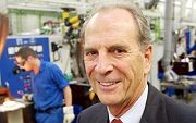 Heraeus in seinem Unternehmen: Der 71-Jährige steht vor einer schweren Aufgabe