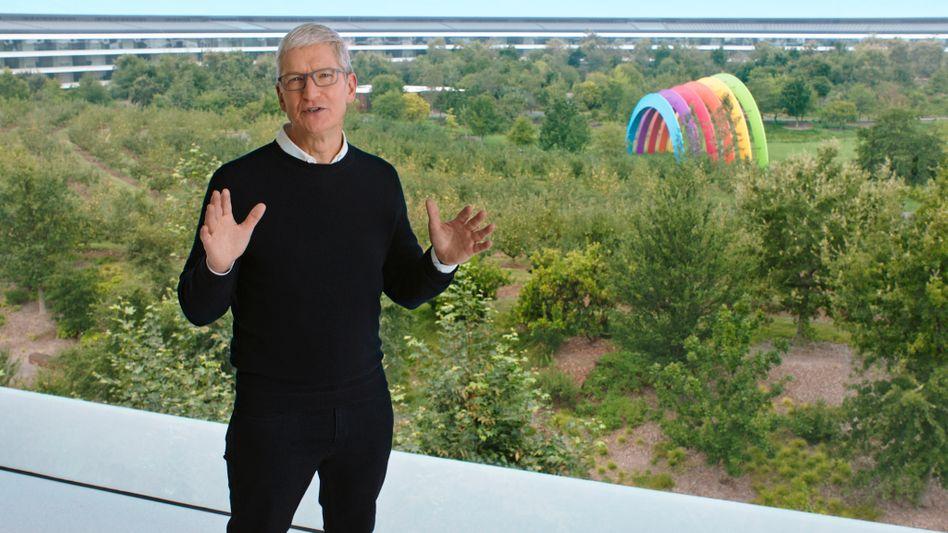 Apple-CEO Tim Cook eröffnet im Apple Park in Cupertino die jährliche Produktshow