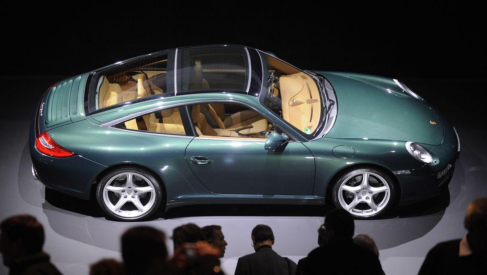 Chronologie der Übernahme: Wie VW sich Porsche einverleibte
