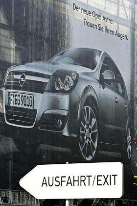 Werbung für den Astra: Auch mit dem Kadett wurde in Bochum viel Geld verdient
