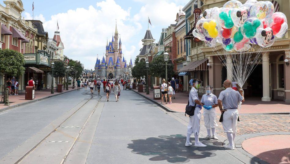 Wieder eröffneter Disney-Themenpark in Orlando, Florida, am 12. Juli