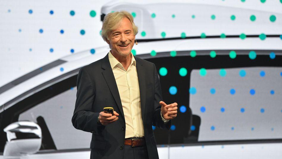 John Krafcik, CEO von Googles Roboterauto-Tochter Waymo, auf der IAA in Frankfurt