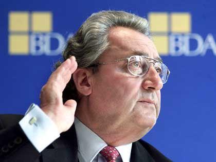 """Sie zerstören Arbeitsplätze"": Arbeitgeberpräsident Hundt"