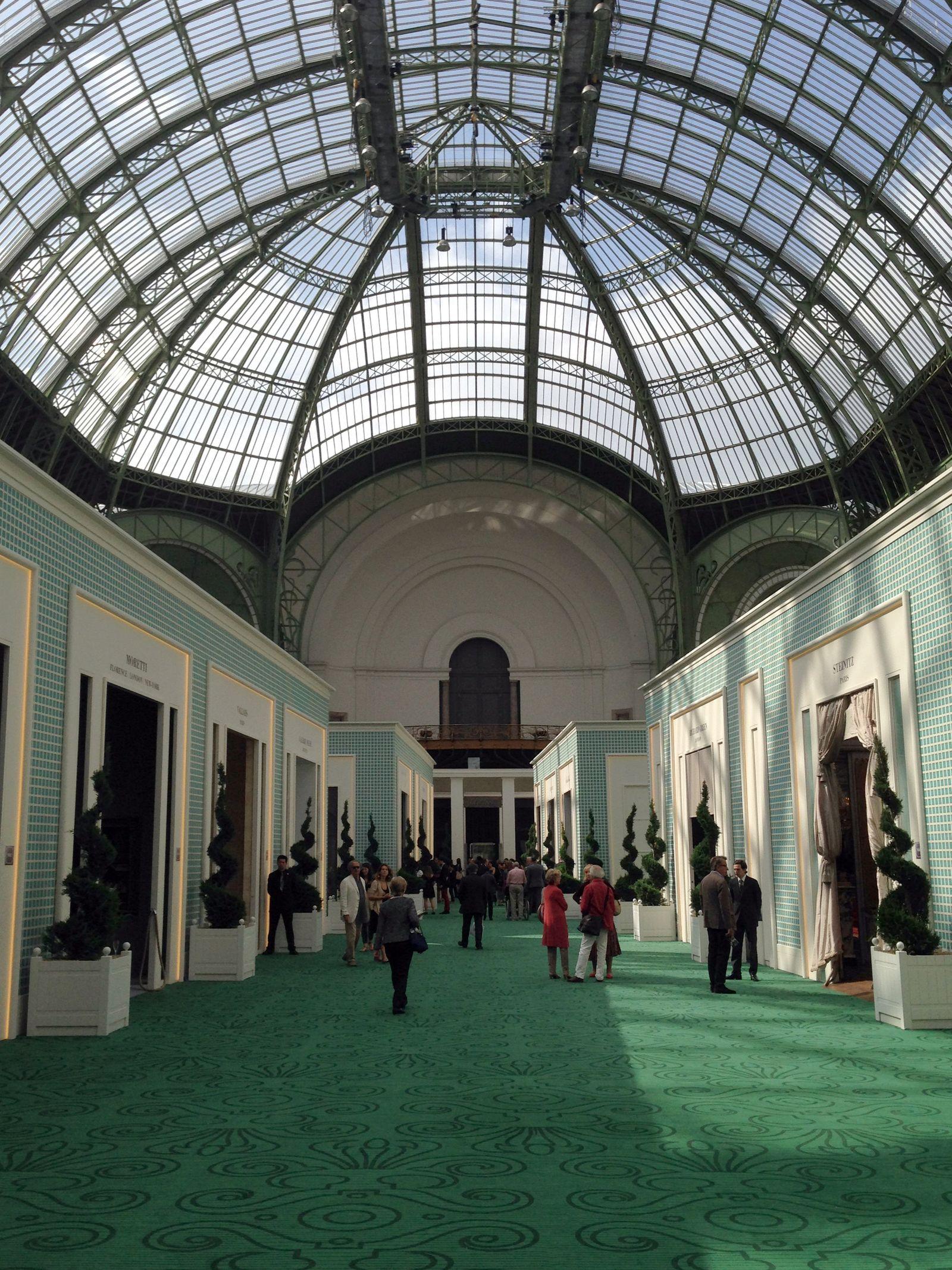Antiquitäten- und Juweliermesse in Paris