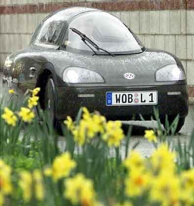Ferdinand Piëch fuhr gestern das 1-Liter-Auto von Wolfsburg nach Hamburg