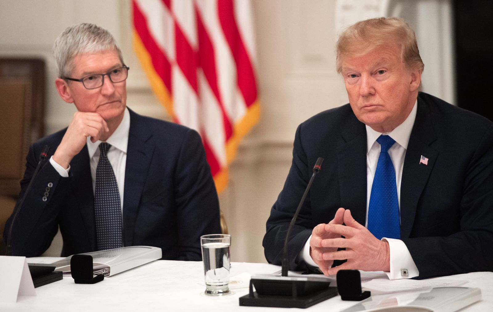 Tim Cook / Donald Trump
