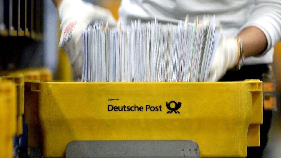 Großversender: Banken, Krankenkassen oder Telekommunikationsunternehmen sollen bei der Post einen fragwürdigen Rabatt bekommen haben