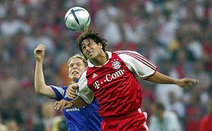 DFB-Pokalsieger 2005: Im Pokalfinale in Berlin bezwang der FCB den Bundesligazweiten Schalke 04