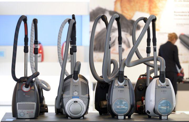 Falsche Werte auf Energielabel? Bosch schlägt jetzt zurück und zerrt den Wettbewerber Dyson vor Gericht